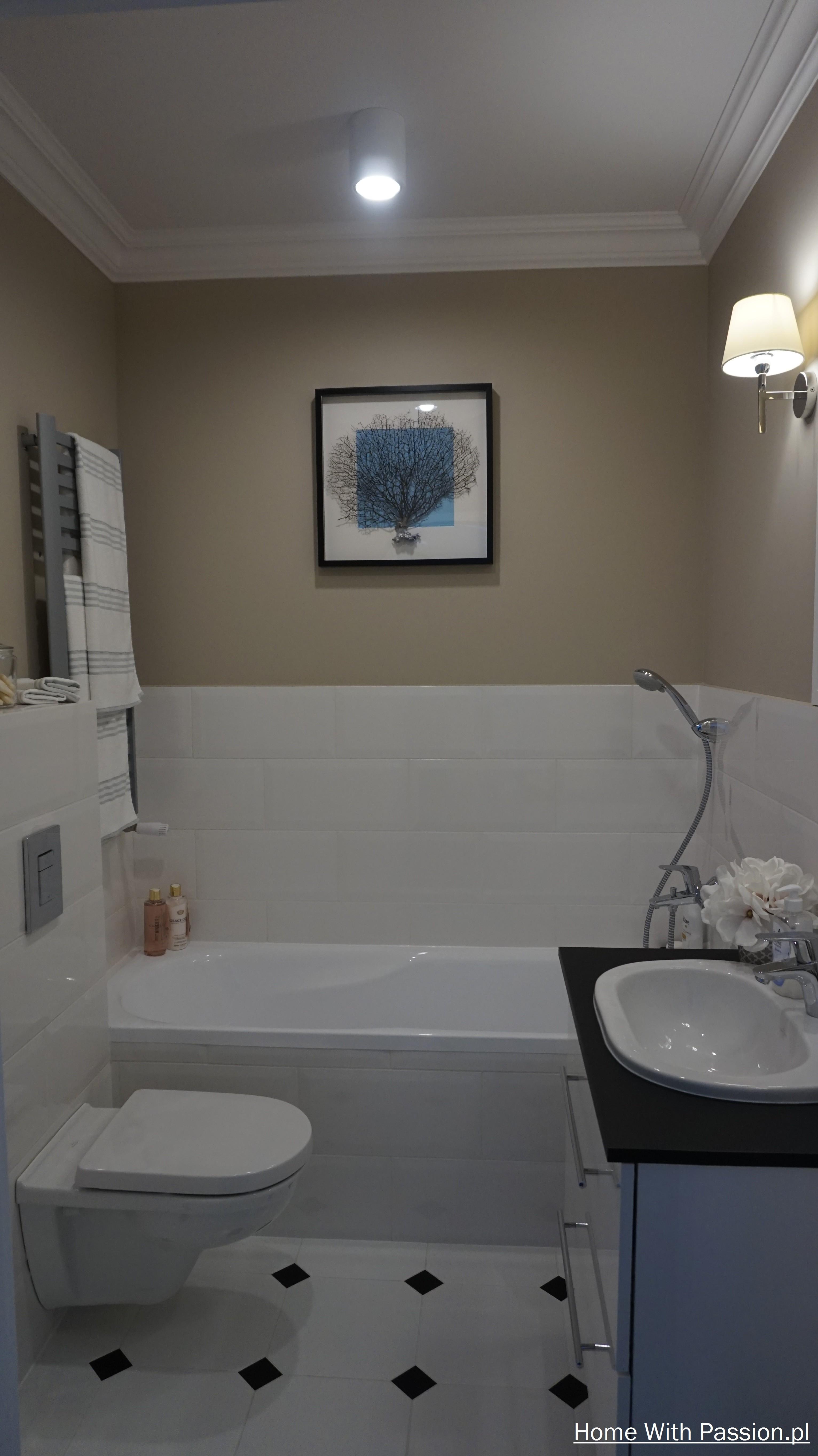 Mała łazienka Z Elementami Stylu Hampton Home With Passion